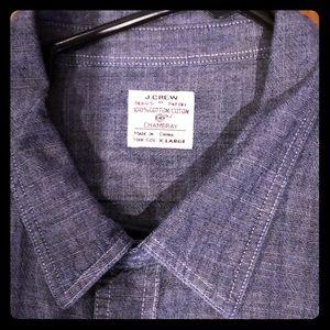 Men's J Crew Chambray Shirt Double Pocket Front